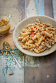 Fusilli with red pesto pasta sauce (vegan)