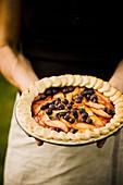 Nektarinen-Heidelbeer-Pie