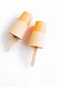 Yoghurt papaya pops