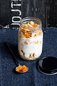 Fresh corn overnight oats with apricots (low GL)