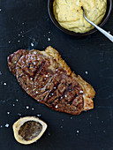 Sirloin steak with sauce Bearnaise