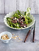 Lamb's lettuce with chicken liver (low carb)