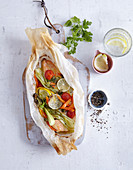 Char with vegetables cooked in parchment paper (low carb)