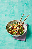 Chickpeas and rocket salad with chorizo