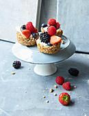 Sugar-free granola cups with berries and Greek yoghurt