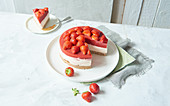 Sugar-free strawberry cheesecake