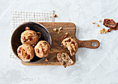 Sugar-free walnut bread muffins