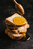 Melba toast with honey