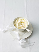 Brandy Butter zu Weihnachten (England)