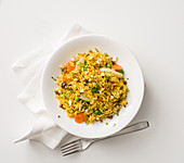 Fried rice with turmeric, lemon and vegetables