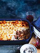 Lasagne mit Rindfleisch und Lorbeer-Bechamel-Sauce