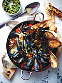 Mussels and cannellini beans