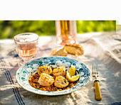 Searded scallops with lemon