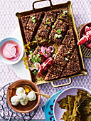 One-bowl vegetarian kibbeh with vine leaves