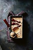 Brownie-Eiscreme mit Panelazucker