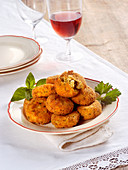 Breaded vegetable fritters
