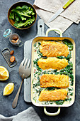 Cod with spinach and blue cheese