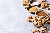 Salzkaramell-Fudge mit Zutaten