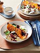 Gerösteter Kürbis mit Auberginen-Hummus, Joghurt und Granatapfelkernen