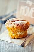 Pumpkin-Cobbler in einer Soufflé-Form gebacken