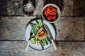 Seared tuna and asperagus