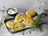 Broccoli fritters with herb cream (low carb)