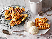 Waffles with vanilla ice cream (low carb)
