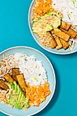 Reisporridge-Bowl 'Asia Style' mit Tempeh
