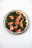 Quiche mit Spinat und Lachs (ungebacken)