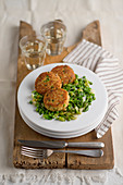 Quinoa and ricotta meatballs with peas