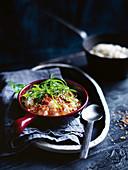 Brauner Reis mit Knoblauch, Ingwer und Sesam