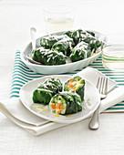 Mangoldröllchen mit Gemüse-Parmesan-Füllung