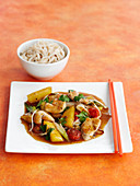 Chicken, pineapple and ginger stir fry