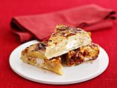 Tortilla mit karamellisierter Zwiebel und Ziegenkäse