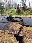 USGS scientist monitoring Kilauea eruption cracks, May 2018