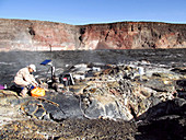 Gas monitoring on Mauna Loa volcano, 2015