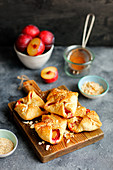 Puff pastry pockets with plums