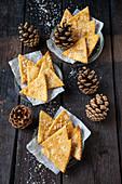 Spelt crackers with fleur de sel