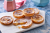 Niflettes (puff pastry cream tartlets, France)