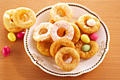 Bozi milosti (ring-shaped Easter pastries from the Czech Republic)