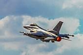 USAF F-16C fighter jet