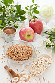 Breakfast Spelt Flakes with Oats and Apples
