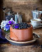 Schokoladen-Blaubeer-Kuchen