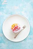 Ice cream parfait with redcurrants and mango