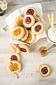Butter cookies with jam