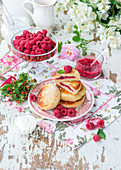 Cottage cheese pancakes with raspberry filling
