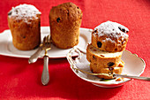 Small cakes with roasted peanuts, orange peel and sultanas