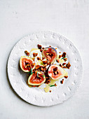 Figs with cardamon yoghurt and nut crumble