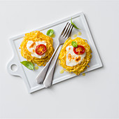 Pasta nest with mozzarella