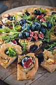 Focaccia with fresh figs